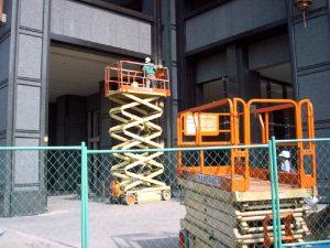 公寓大樓 立大高空作業車